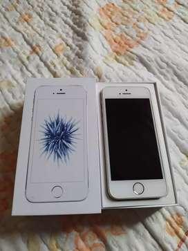 iPhone SE 32gb  tiene poco uso
