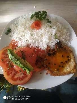 Busco empleo soy chef con experiencia y buena presentacion de platos