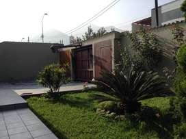 Alquilo casa amoblada, con piscina y jardines
