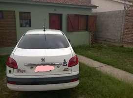 Por viaje se vende peugeot 207 compac sedan 1.4