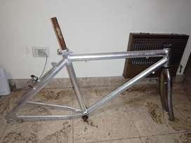 Cuadro de bicicleta cromado rodado 26
