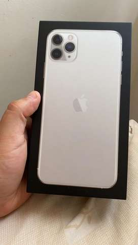 VENDO IPHONE 11 PRO MAX 64GB  SILVER GARANTIA APPLE