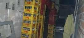 Se vende cajas con enbases de cerveza y gaseosa  de litro,personal ,