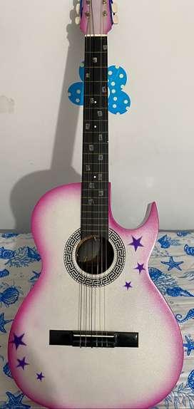Vendo hermosa guitarra Hanna Montana