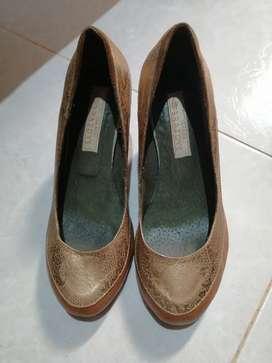 Vendo zapatos talla 35 marca Tamara Brazdys