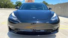 Flamante Tesla Model 3 Long Range