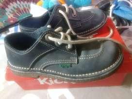 Zapatos de niño Kickers  USADOS