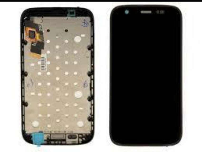 Pantalla completa: Display y Táctil Moto G1