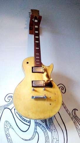 Vendo o cambio Guitarra Tipo Gibson