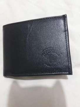 Vendo billetera nueva de cuero