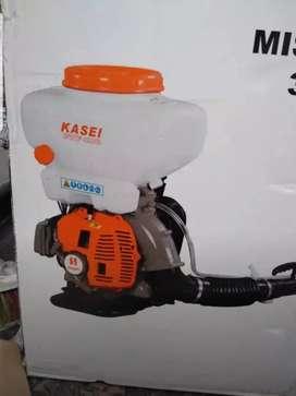 Fumigadora capacidad para 15 litros, nueva, con accesorios y garantía. Producto Nacional