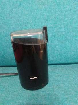 Molino eléctrico de café marca krups