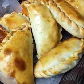Empanadas Pernil Y Picada