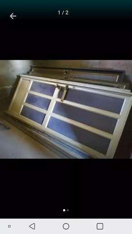 Vendo lindas puertas de aluminio.