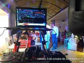 DJ DISCOMANO PARA MINITECAS EN CALI CON SONIDO Y LUCES