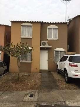 Vendo casa en urbanización  villa de rey etapa Rey Eduardo