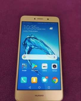 Huawei Y7 prime. Memoria RAM 3GB Almacenamiento interno 32GB, huella, cámara frontal 16 mp batería 4000 mAh