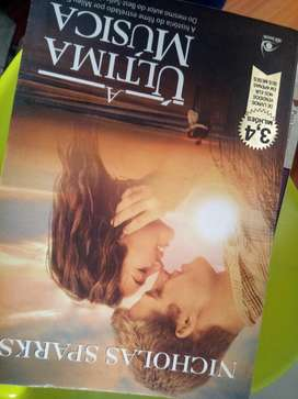 Libro Novela en Portugués