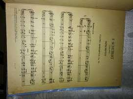 PARTITURAS: F. SCHUBERT Improntus para piano.