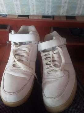 Vendo zapatillas pilinesia