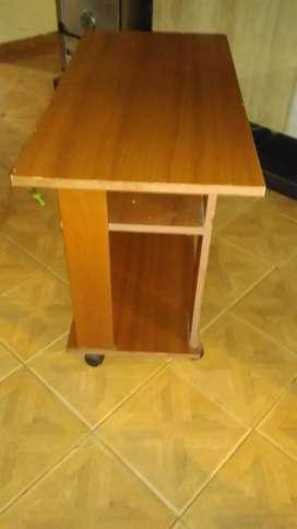 Mesa para compu o TV