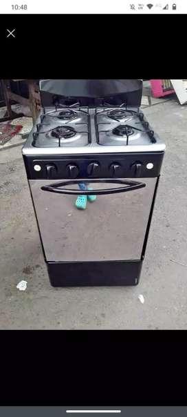 Vendo hermosa estufa de segunda marca haceb con encendido eléctrico gratinador