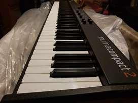 Piano digital studiologic numa compact 2