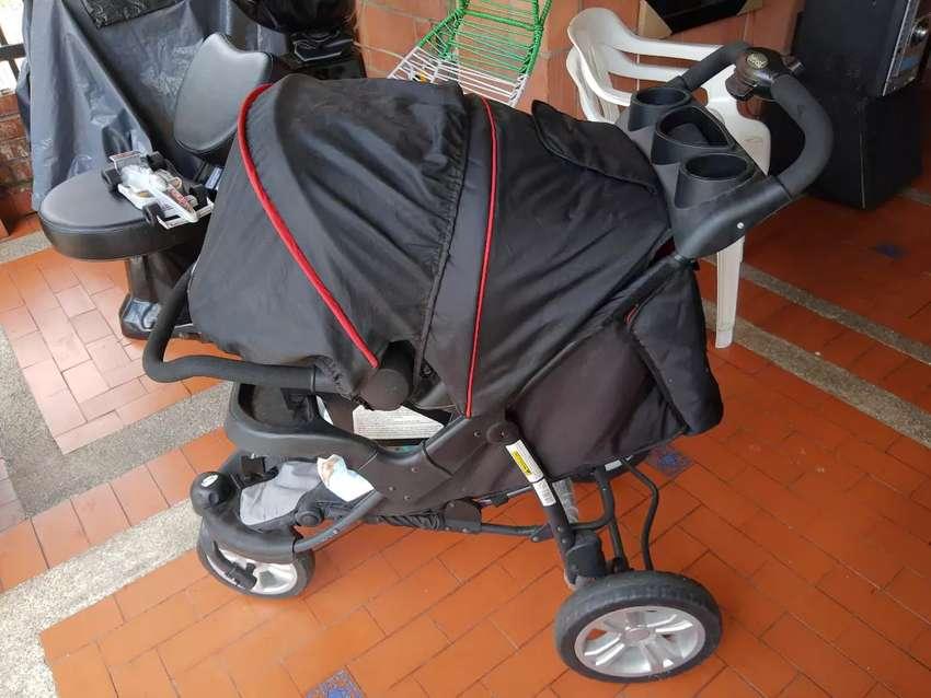Coche y silla Bebesit 0
