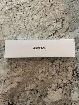 Apple Watch SE + Cell 44mm
