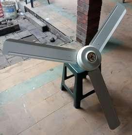 Vendo ventilador de techo metálico