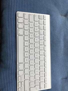 teclado de i mac  color blanco para respuestos