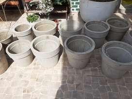 Aprovechen!! Se venden mecetas de cemento! Para embellecer su jardin. Eligi la que mas te guste!