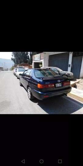 Vendo auto corona premio año 2001