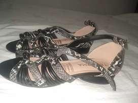 Sandalias de dama nuevas