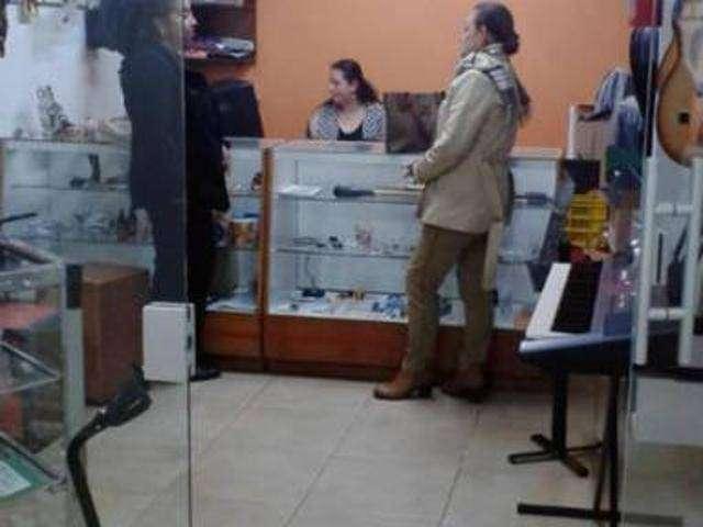 Vendo excelente local comercial Pamplona 0