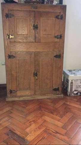 VENDO Heladera-mueble antiguo de madera de roble