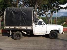 Camioneta de estacas