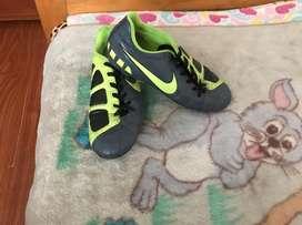 Guayos Nike T90