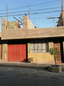 SE VENDE CASA EN ZONA COMERCIAL, UBICADO EN URB. VIGIL CALLE TARAPACA 1385, FRENTE AL HOTEL TARAPACA, $116500
