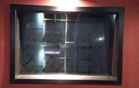 Vendo puerta y ventana para studio de grabación