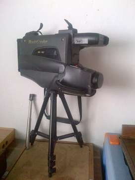 Videocámara antigua clásica filmadora vhs retro
