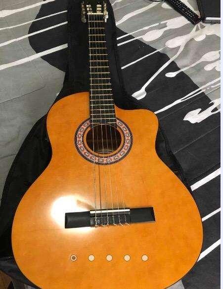Guitarra Acustica 0