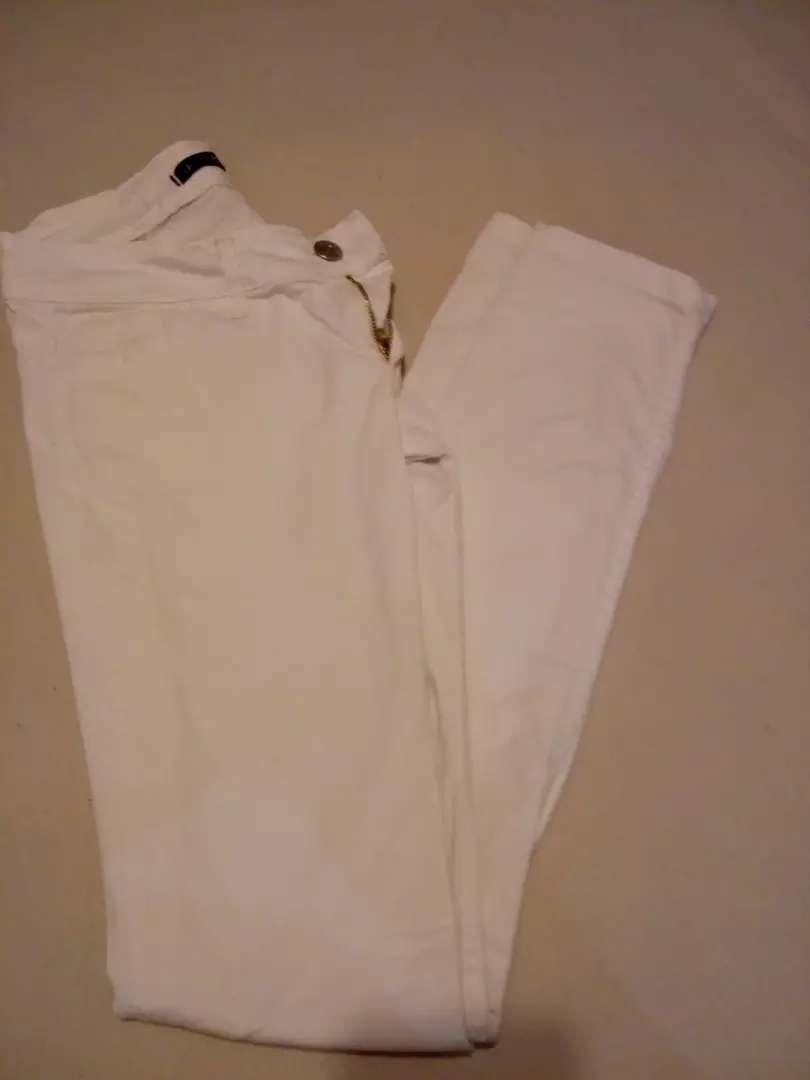 Jeans blanco tiro medio 0