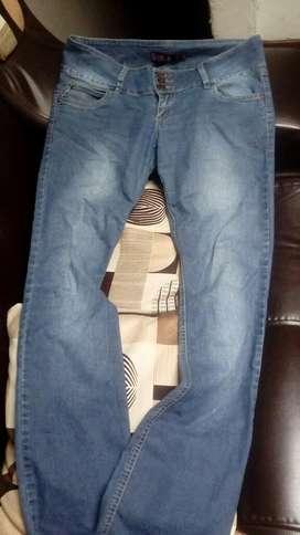 Lindo Pantalon Sybilla Talla 28