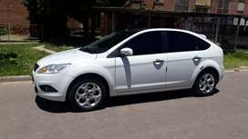 Vendo Ford Focus Ghia 2.0 2011