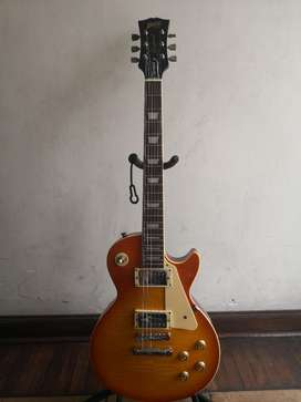Guitarra Les Paul Blitz de Aria Pro2