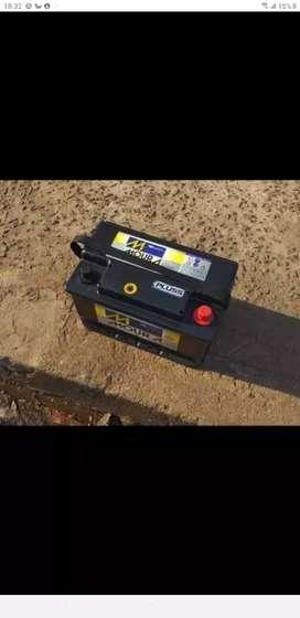 Liquido batería de 75 a 80 amper  impecable garantisada tomo la vieja en parte de pago y llevo adomicilio
