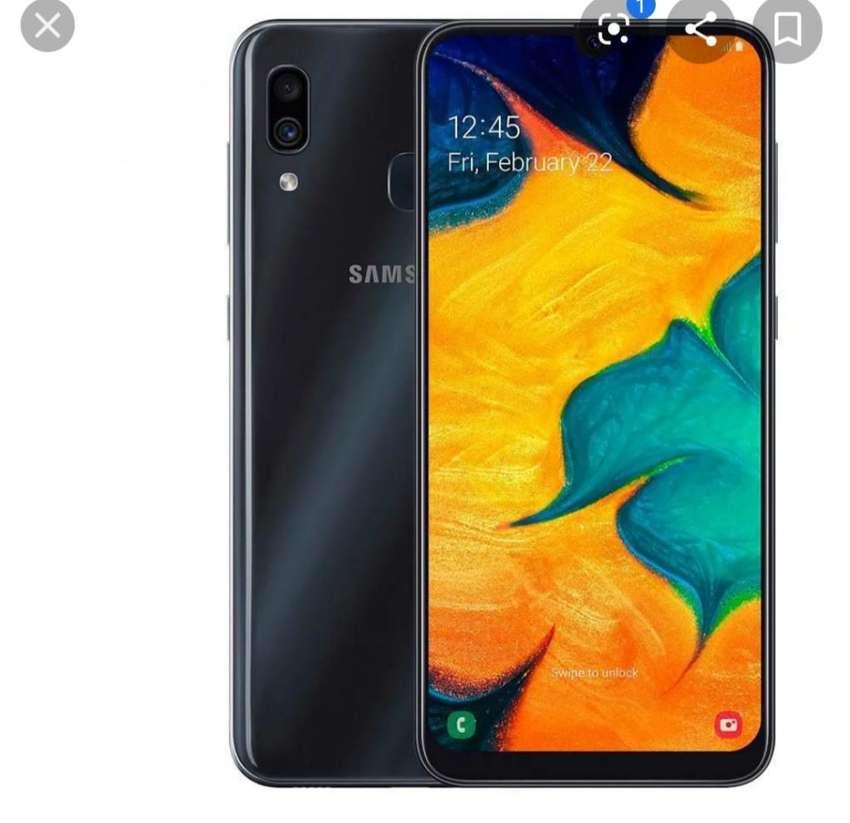 Se Vende Célular Samsung A30 0