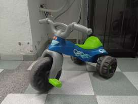 Triciclo Fisher Price color azul-verde-gris
