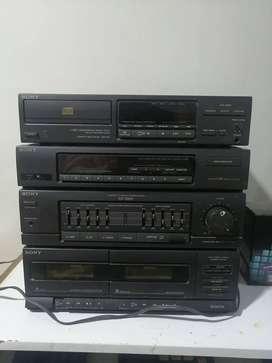 Equipo de música Sony XO-D201 (Precio negociable)